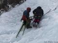 Pierwsze, pokazowe przejście po lodospadzie. Jacek Czech i Jan Kuczera.