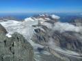 Widok z wierzchołka Grossglockner na lodowiec Glocknerkees.