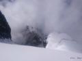 Przez prawie cały dzień Uszba była schowana za chmurami.